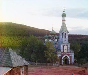 russia023.sJPG_950_2000_0_75_0_50_50.sJPG